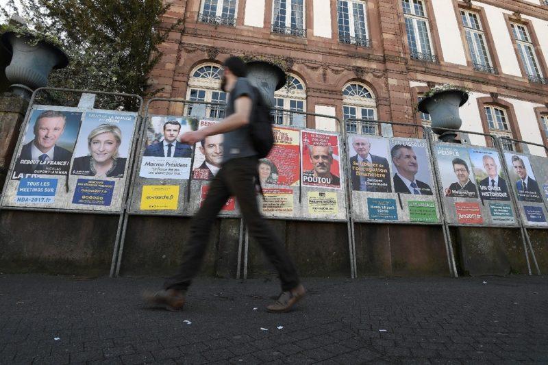 Affiches des 11 candidats