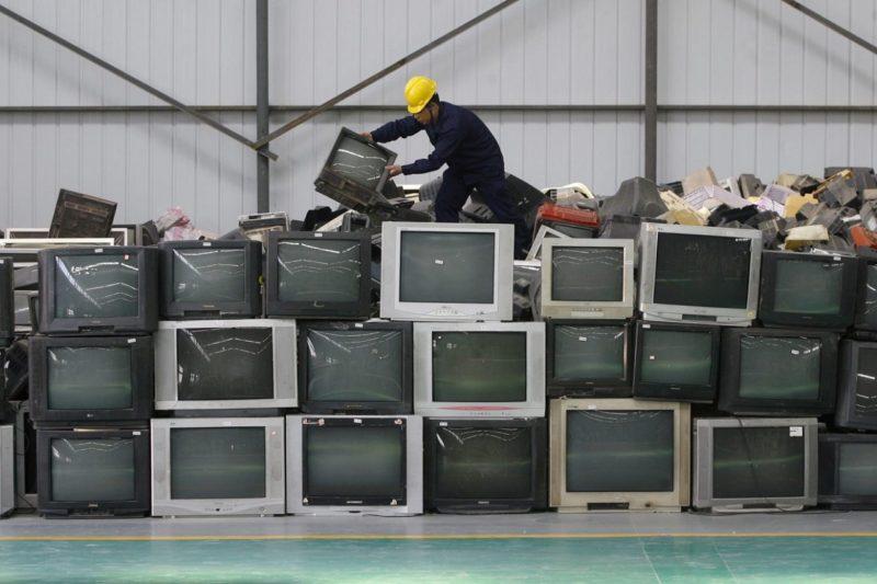Plusieurs ordinateurs cassées